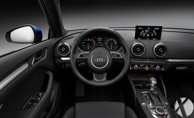 ۲۰۱۶-Audi-Q3-interior