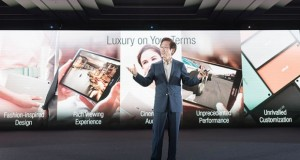 ASUS-Chairman-Jonney-Shih-introduces-the-the-new-ZenPad-series-620x330
